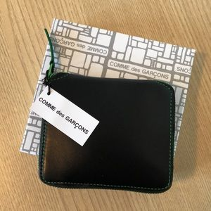 Comme des Garcons NWT Leather Zip Around Wallet